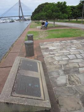 Bicentennial Park (plaque)