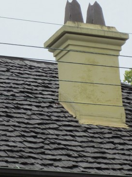 Shingle roof and early chimney-pots, Emslee, 27 Mansfield St